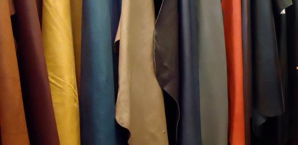 Brilliant Real Leather Vs Fake Leather Kalibrado Ibusinesslaw Wood Chair Design Ideas Ibusinesslaworg
