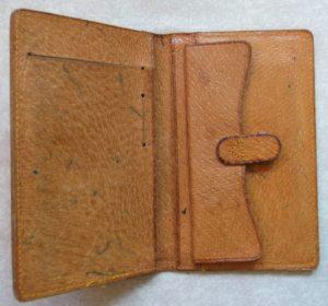 vintage-old-wallet