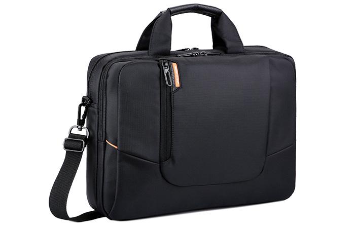 9b11ceb300bb 28 Best Messenger Bags for Men - Kalibrado