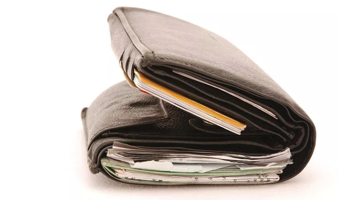 Clean-out-your-wallet-often