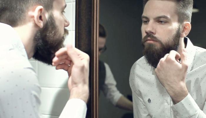 man-do-a-mirror-check